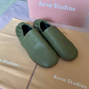 Acne studios Green olive size 41 Mens flat leather